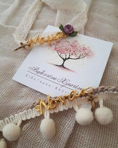 Baptism Ideas, Sarah Kay, Christening, Place Cards, Blessed, Hair Accessories, Place Card Holders, Bangle Bracelets, Manualidades