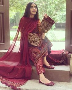 Most Stunning Designs Of Elan Bridal Collection 2019 In Pakistan Pakistani Formal Dresses, Shadi Dresses, Pakistani Wedding Outfits, Eid Dresses, Pakistani Dress Design, Party Wear Dresses, Fashion Dresses, Dress Party, Pakistani Engagement Dresses