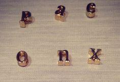 gold letter charms locked necklace de la boutique LIZAKORN sur Etsy