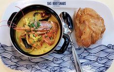 Das Bootshaus Alte Donau - Landtmann's Bootshaus Thai Red Curry, Restaurant, Ethnic Recipes, Fine Dining, Boathouse, Diner Restaurant, Restaurants, Dining