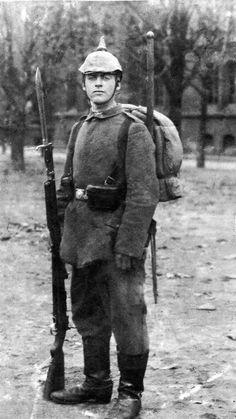 Eric Maria Remarque 1916