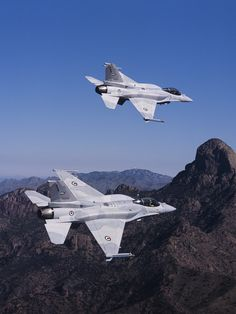 F-16. These fly over my grandpas house all the time