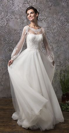 Mature bride wedding gown with long sleeves Amelia Sposa Wedding Dress Collection Fall 2018 Amelia Sposa Wedding Dress, Pretty Wedding Dresses, Long Sleeve Wedding, Wedding Dress Sleeves, Modest Wedding Dresses, Bridal Dresses, Dress Wedding, Lace Sleeves, Mature Bride Dresses