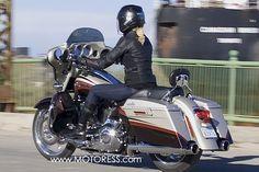 Harley-Davidson CVO Streetglide Ride Review #MOTORESS #harleyDavidson #streetglide