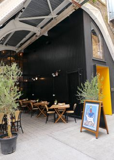 wild by tart restaurant belgravia covered terrace Tart Restaurant, Chinese Restaurant, British Restaurants, London Restaurants, Places To Eat, Great Places, No Bake Vanilla Cheesecake, Choux Buns, White Bean Hummus