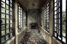 abandoned places – henk van rensbergen   henkvanrensbergen.com