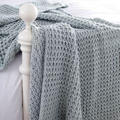 Chunky Knit Throw | Dunelm