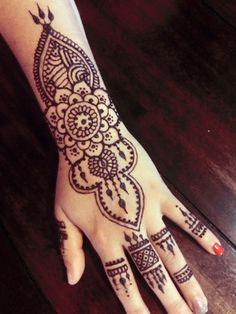 Henna <3  @kortniethomas