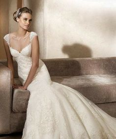Popular Lace Wedding Dresses With Cap Sleeves