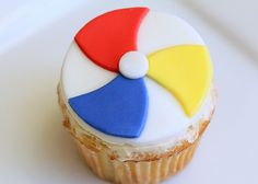 Nice fondant pattern for beach ball.