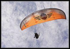 parapente - paragliding île de la réunion - 3 by Franck Sarrazin, via Flickr