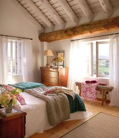50s Style Bedroom Decor Small Apartment Bedrooms, Apartment Bedroom Decor, Small Apartments, Small Spaces, Living Room Decor, Summer Deco, Country House Interior, Cottage Interiors, Trendy Bedroom