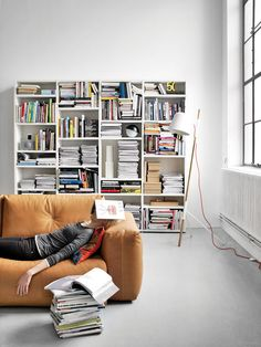 An interior design service tailored to you. BoConcept is a Danish furniture store that turns houses into modern homes. Browse our designer furniture. Danish Interior, Contemporary Interior, Boconcept, Interior Architecture, Interior Design, Interior Stylist, Interior Ideas, Home Trends, Deco Design