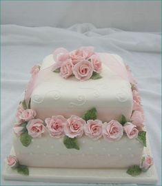 2 tier no stacking, fondant covered cake with pink roses, scrolling cake Gorgeous Cakes, Pretty Cakes, Amazing Cakes, Fondant Cakes, Cupcake Cakes, Cake Inspiration, Patisserie Fine, Birthday Cake With Photo, Rose Cake