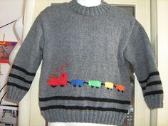 Pull gris pour garçon avec petit train : Mode garçons par tricot-et-crochet-de-binouche