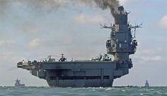 A frota de navios de guerra russos, que tem como destino a Síria, cruzou na sexta-feira o Canal da Mancha e deve passar entre hoje e segund...