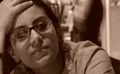 #ماهينور_المصرى تروى ما يحدث للمعتقلات أثناء ترحيلهن  روت الناشطة السياسية، #ماهينور_المصرى، المتاعب والمضايقات التى تواجه بعض المعتقلات أثناء الترحيلات، موضحة أن جهازى الداخلية والقضاء متواطئين، على حد تعبيرها.   #مصر_العربية