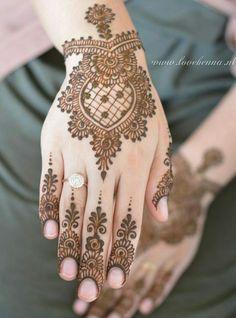 Bridal Henna Designs Mehndi Indian Weddings 27 New Ideas Modern Mehndi Designs, Mehndi Design Pictures, Mehndi Designs For Fingers, Beautiful Mehndi Design, Henna Tattoo Designs, Mehandi Designs, Mehndi Images, Tattoo Ideas, Henna Tattoo Hand