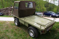 Steyr Puch Haflinger Small Trucks, Mini Trucks, Go Kart Plans, Funny Motorcycle, Drift Trike, Steyr, Pedal Cars, Four Wheel Drive, Car Humor