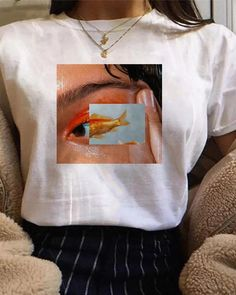 Casual Round Neck Printed Short Sleeve T-Shirt – isabeliris Retro Outfits, Trendy Outfits, Vintage Outfits, Cute Outfits, Aesthetic Shirts, Aesthetic Clothes, Cute Shirts, Casual Shirts, Cute Shirt Designs