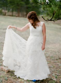 2013 La Sposa Marzo Wedding Dress. Lace and cap sleeves