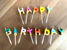 Great No Cost modern Birthday Candles Tips From birthdays to birthday parties, annually many of us obtain along with family to be Rainbow Birthday Party, Birthday Parties, Rose Gold Balloons, Happy Birthday Candles, Gold Candles, Balloon Bouquet, 1st Birthdays, Latex Balloons, Birthday Party Decorations