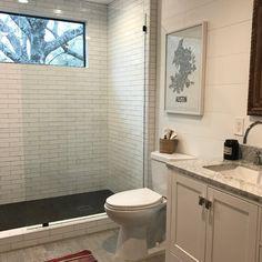 x Frameless Fixed Glass Panel Art Deco Bathroom, Bathroom Kids, Bathroom Designs, Small Bathroom, Frameless Shower Doors, Glass Shower Doors, Upstairs Bathrooms, Dream Bathrooms, Grey Laminate Flooring