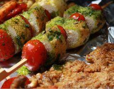 Unser Grill-Event - VEGGIE / VEGAN BBQ mit EDORA war ein voller Erfolg. Alle waren begeistert (auch die überzeugten Fleischesser). Es gab: Soja Big-Steaks mariniert mit EDORA Gewürzen...