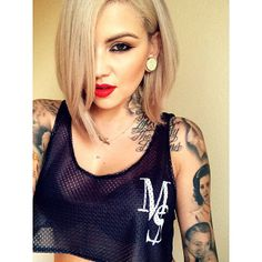 Top 15 Best Asymmetrical Short Stitches - Best Newest Hairstyle Trends Assymetrical Hair, Cool Blonde Hair, Trending Haircuts, Synthetic Lace Front Wigs, Up Girl, Human Hair Wigs, Gorgeous Hair, Lace Wigs, Cute Hairstyles