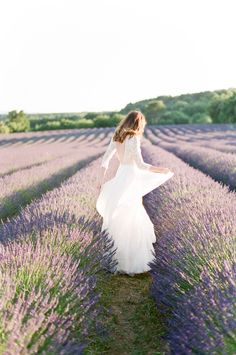 Wedding shoot in a lavender field: http://www.stylemepretty.com/2016/10/26/provence-lavender-field-shoot/ Photography: Tamara Gruner - http://tamaragruner.com/