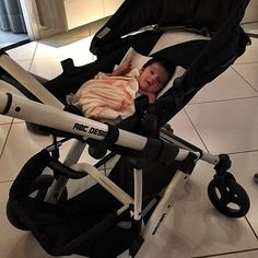 @carolpraxedes thanks for this picture. #abcdesign #thinkbaby #mambamoments #baby #prams #stroller #abcdesign_mamba #mamba #motherlove #love #instagood #photooftheday