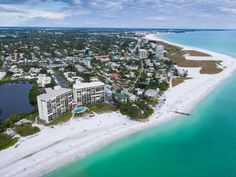 The beaches along Florida's Gulf Coast are some of the best in the United States, offering palm-tree dotted shores and… Florida West Coast Beaches, Best Beach In Florida, Florida Hotels, Visit Florida, Best Island Vacation, Best Places To Vacation, Cool Places To Visit, Vacation Ideas, Lanai Island