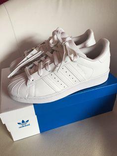 dd0ed28f0c60ae Adidas Superstars weiß sneaker 36 Turnschuhe Neu Sportschuhe - Neue Adidas  Superstar Sneaker Größe 36!