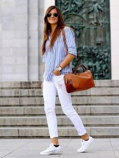 looks mode Femme pour printemps 2018 - outfits - New Hair Styles Mode Outfits, Chic Outfits, Spring Outfits, Fashion Outfits, Summer Outfit, Trendy Fashion, White Jeans Outfit Summer, White Pants Outfit, Ladies Outfits