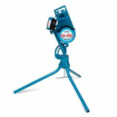 Baseball pitching machines are an important tool in baseball that can throw at different pitches and various speeds, so you need to purchase pitching machine. Baseball Pitching, Softball Pitching Machine, Baseball Training, Baseball Bats, Basketball Tickets, Basketball Uniforms, Basketball Hoop, Mousse, Backyard Baseball