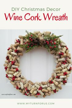 How to make a Christmas Wine Cork Wreath today Make a DIY Christmas wine cork wreath if you are looking an awesome project for cork crafts or wine cork ideas. Simple steps on how to make a cork wreath Wine Cork Wreath, Wine Cork Crafts, Projects With Wine Corks, Crafts With Corks, Bottle Crafts, Christmas Crafts For Adults, Christmas Wine, Diy Christmas Wreaths, Christmas Decorations Diy Crafts