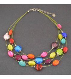 """Un joli collier fantaisie en verre style """"murano"""" signé Ikita."""