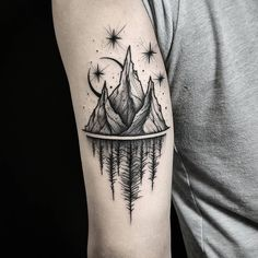 See this Instagram photo by @thomasetattoos • 5,998 likes