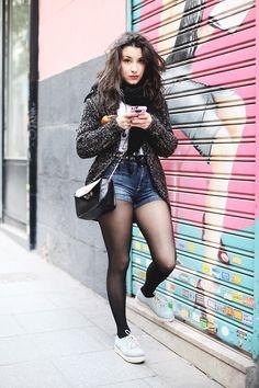 d2a0cb7e9978 Calzedonia Trendspotting S/S 2013 Abbigliamento Collant, Short Di Jeans,  Pannello Esterno Del