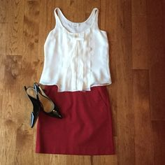 Red Skirt NWT Beautiful shade of red, skirt NWT. Zippered back, 2 front pockets LOFT Skirts Pencil