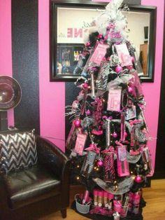 4 Festive Holiday Ideas For Your Salon [Blog]