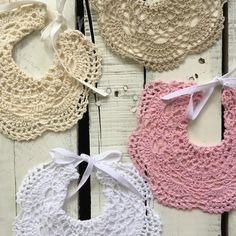 Crochet bibs with felt backing. So beautiful for an added detail around your child's face in a photo. Wonderful gift item for girls or boys Crochet Baby Bibs, Crochet Yoke, Crochet Elephant, Crochet Stars, Crochet Baby Clothes, Basic Crochet Stitches, Crochet For Kids, Crochet Patterns, Gift Items For Girl