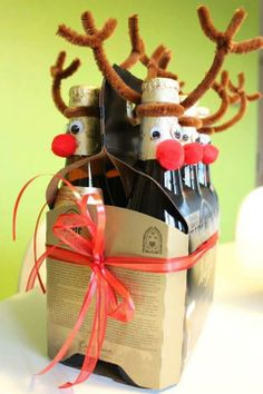een saai cadeautje toch gezellig maken Christmas Sweets, Christmas 2014, Christmas Wrapping, Christmas Decorations, Xmas, Christmas Ornaments, Wrapping Gift, Diy Gifts, Handmade Gifts