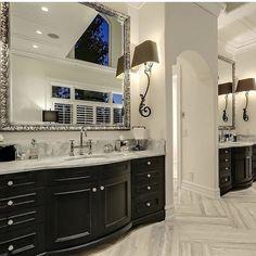 White Bathroom, Luxury Real Estate, Double Vanity, Bathroom Lighting, Mirror, Furniture, Bathrooms, Home Decor, Bathroom Light Fittings