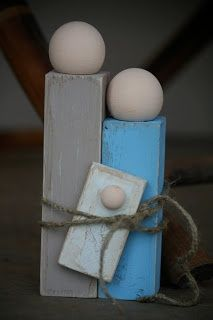 DIY Nativity Scenes: Simple wood rectangles and ball knobs