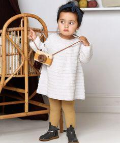 Sievä A-linjainen mekko merinovillasta pienelle tytölle Knitting For Kids, Baby Knitting, Knitted Baby Cardigan, Drops Design, Fun Projects, Knit Crochet, Infant, Flower Girl Dresses, Sewing