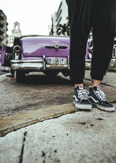 PhotographerJessicaFoleywandering the streets of Cuba in her waffle soles.  Photography: @stevesweatpants