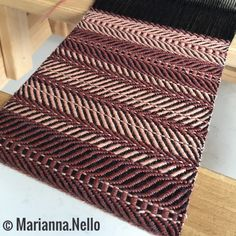 Working on a new project! Narrow scarf, only 15 cm but still super soft and warm. Use it as an obi-style belt, a tie or ahead scarf! You will love this fashionable strip of fabric. Soon in my shop🔜
