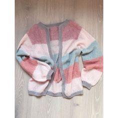 [ s o r b e t c a r d i g a n ] Og jeg som a l d r i skulle strikke noe til meg selv... Nå er min første #egostrikk i boks - en luftig… Sorbet, Knitting Patterns, Knit Crochet, Sweater Cardigan, My Style, Sleeves, Sweaters, Color Palettes, Fashion