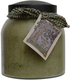 Woodland Fig is a 34 ounce jar candle with a blend of warm figs, jasmine, sandalwood and spicy anise. Made in the USA.